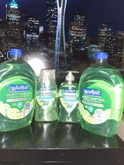 4 x SOFTSOAP Hand Soap - 2x Refills 50 oz ea & 2 x Pump 11.2