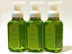 """Bath & Body Works """"Eucalyptus Mint"""" Gentle Gel Hand Soap 8 o"""
