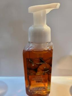 Bath & Body Works Foaming Hand Soap 8.75 fl oz Sweet Cinnamo