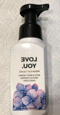 Bath & Body Works Fresh Cut Lilacs Gentle Foaming Hand Soap