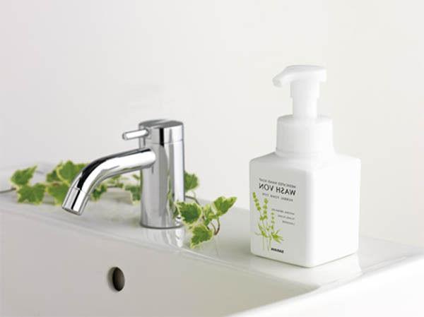 saraya☆Japan-Medicated soap WASH 310mL ,JAIP.
